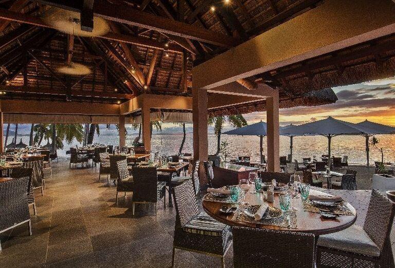 Krytá reštaurácia v hoteli Sugar Beach - A Sun Resort Mauritius