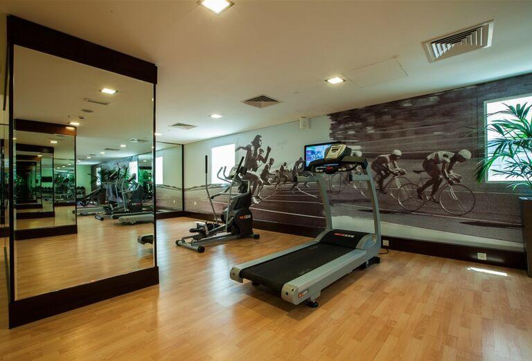 Fitness v Hoteli City Max Bur Dubai.