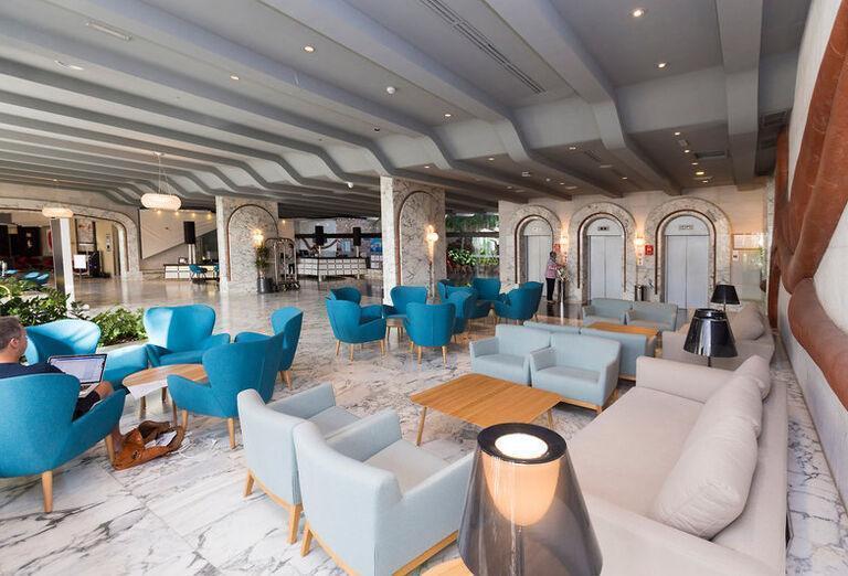 Gloria Palace San Agustin Thalasso & Hotel - Posedenie