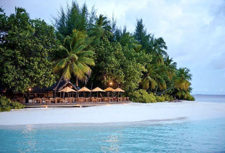 Hotelový Resort Angsana Ihuru -  Pohľad na more a ostrov