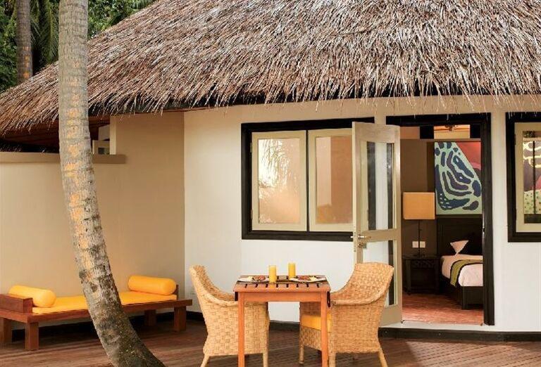 Vstup k ubytovaniu v rezorte Ansana Resort Spa Velavaru