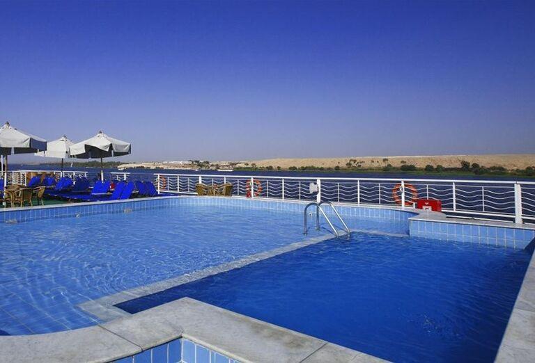 Egypt - plavba po Níle- bazén