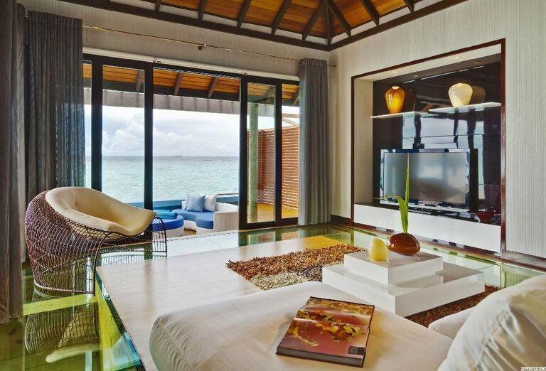 Izba s výhľadom na more v rezorte Velassaru Maldives