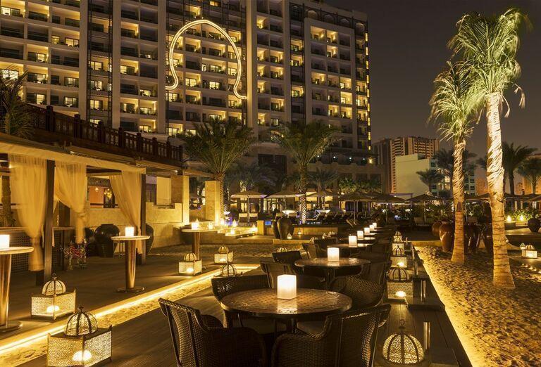 Hotel Ajman Saray - vonkajšie  posedenie