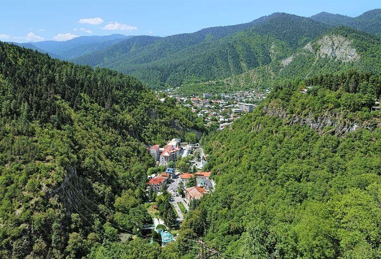 Gruzínsko - skryté poklady Kaukazu- mesto