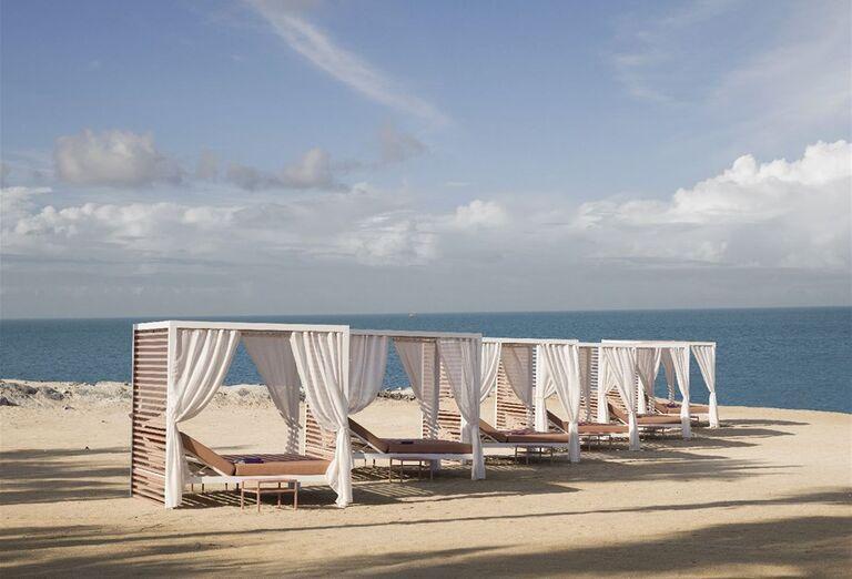 Pláž - Hotel Caesars Palace