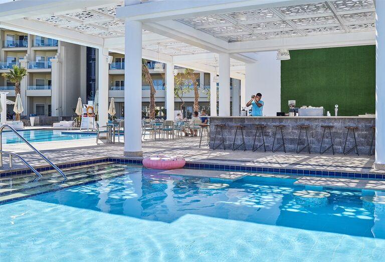 Hotel Steigenberger Pure Lifestyle- bazén