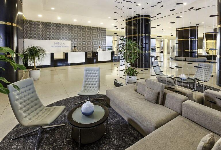 Hotel Melia Internacional - posedenie