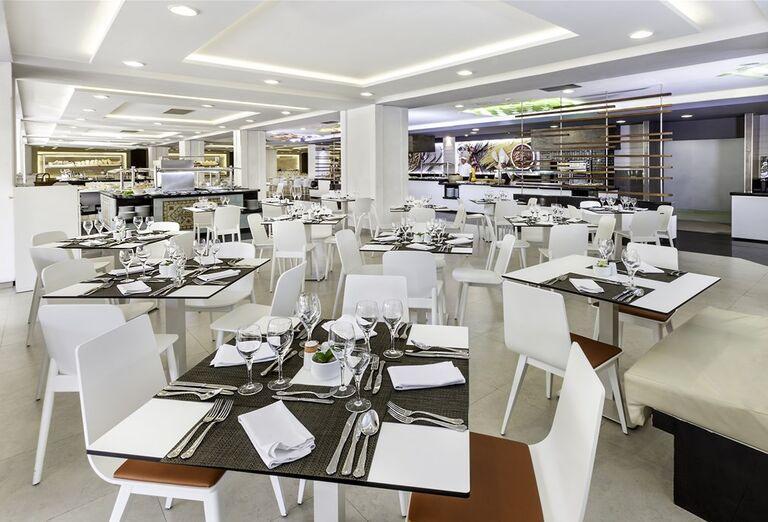 Hotel Sol Palmeras- reštaurácia