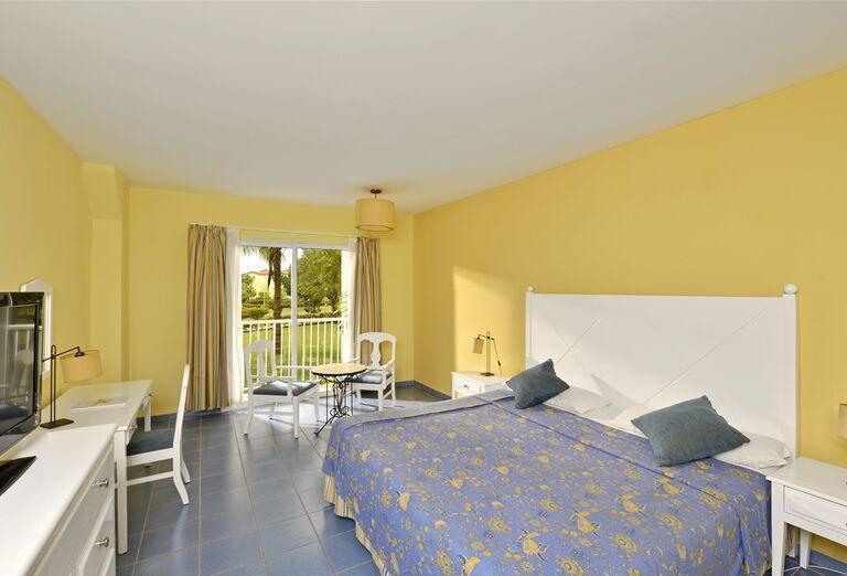 Izba s bazénom, hotel Atrium Palace Thalasso Spa & Villas, Grécko, Rodos, Kalathos