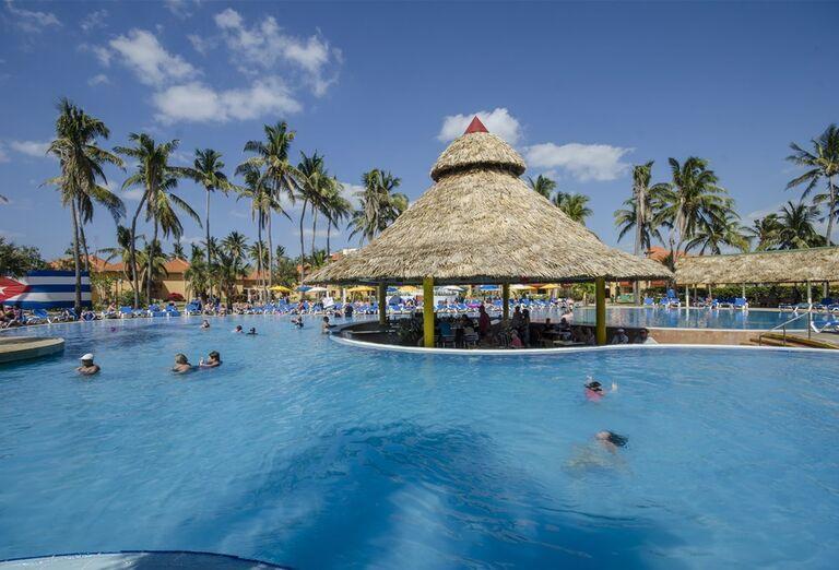 Hotel Roc Arenas Doradas -bazén
