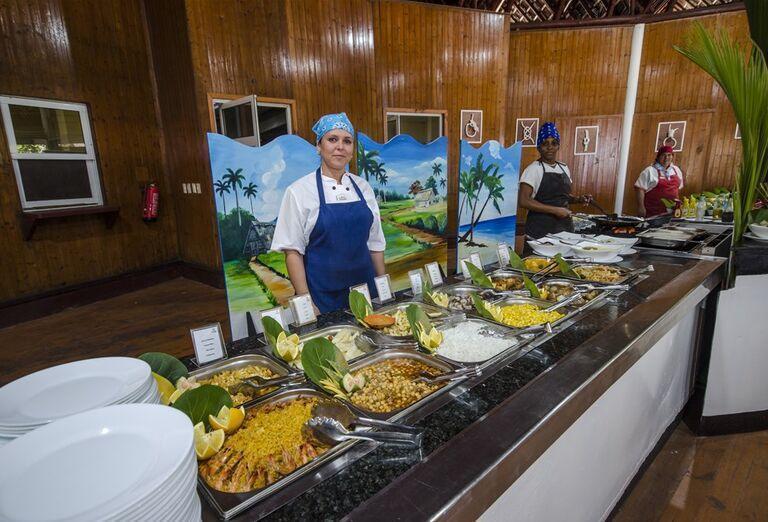 Hotel Roc Arenas Doradas - občerstvenie