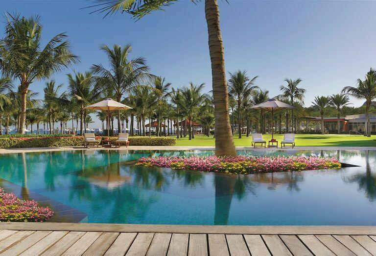 Hotel Al Bustan Palace Ritz Carlton - Areál hotela