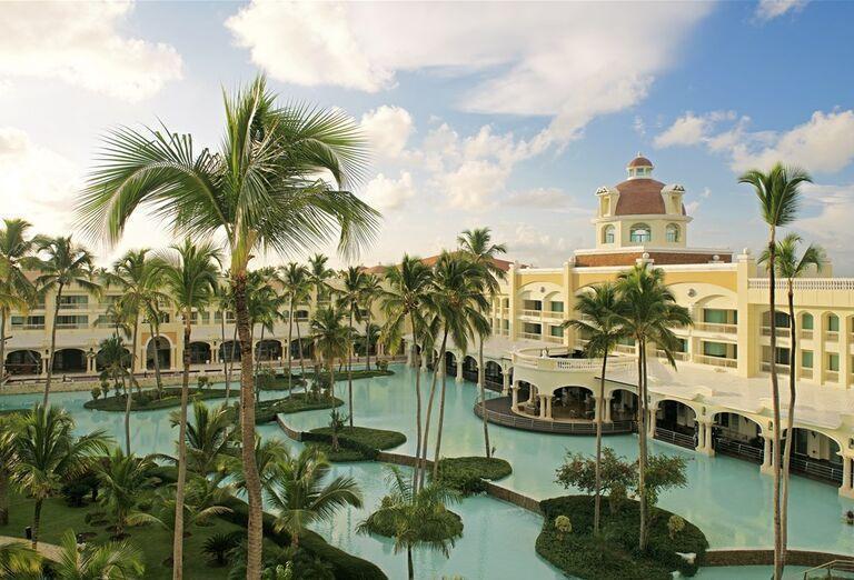 Hotel Iberostar Grand Bavaro - hotelový bazén