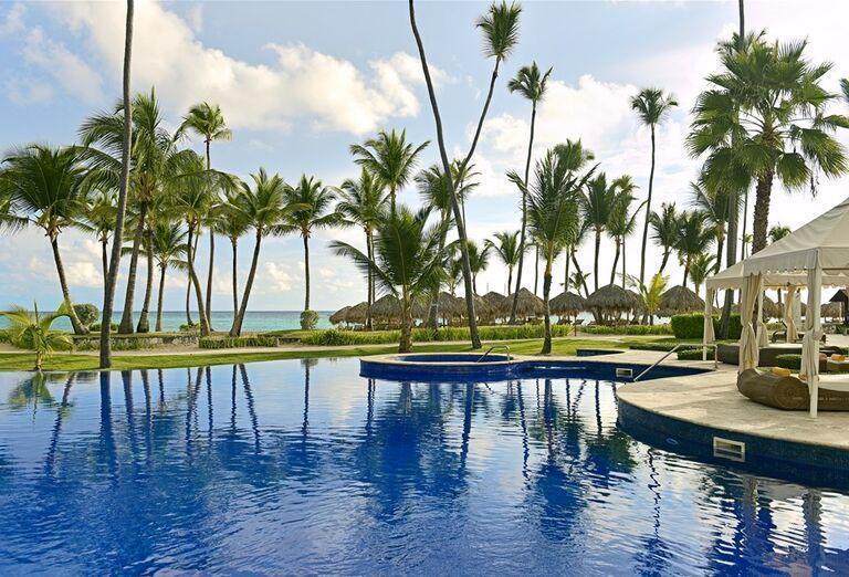 Pomegranate Wellness Spa hotela, letecký pohľad na pláž a areál