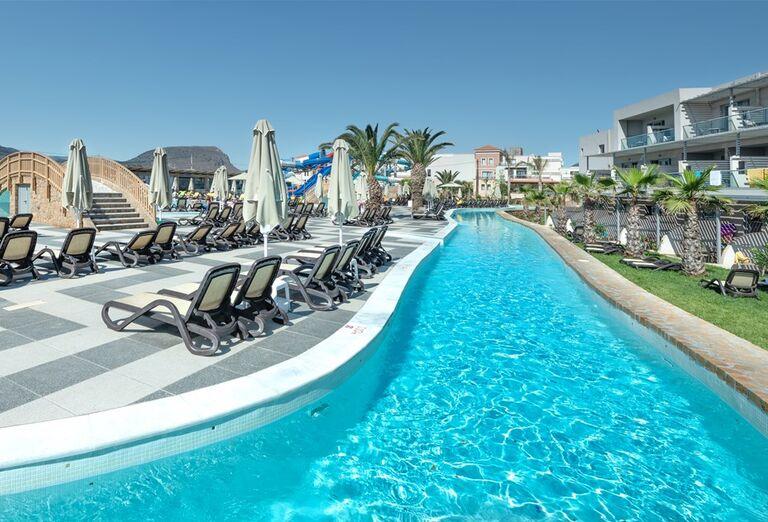 Vonkajší bazén v hoteli Lyttos Beach