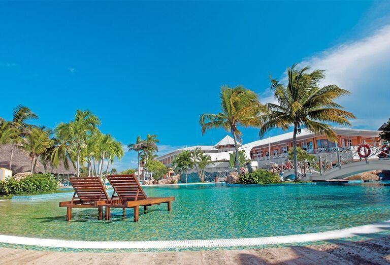 Hotel Royalton Hicacos - hotelový bazén