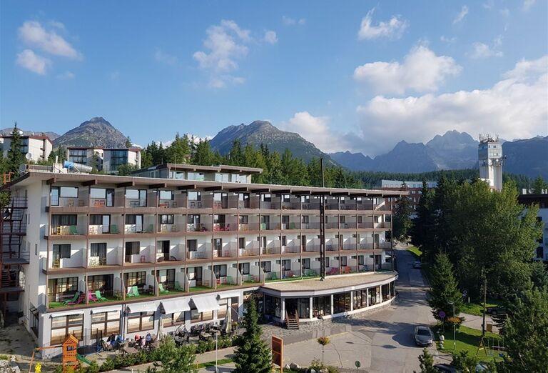Pohľad na hotel Toliar