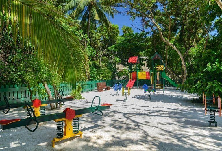 Hotelový Resort Adaaran Select Meedhupparu - Detské ihrisko