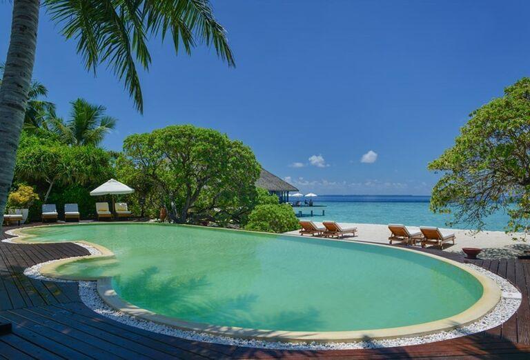 Hotelový Resort Adaaran Select Meedhupparu - hotelový bazén