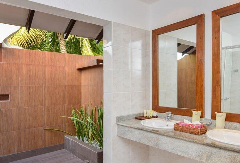 Hotelový Resort Adaaran Select Meedhupparu - kúpeľňa