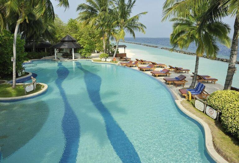Hotelový Resort Royal Island Resort & Spa -hotelový bazén