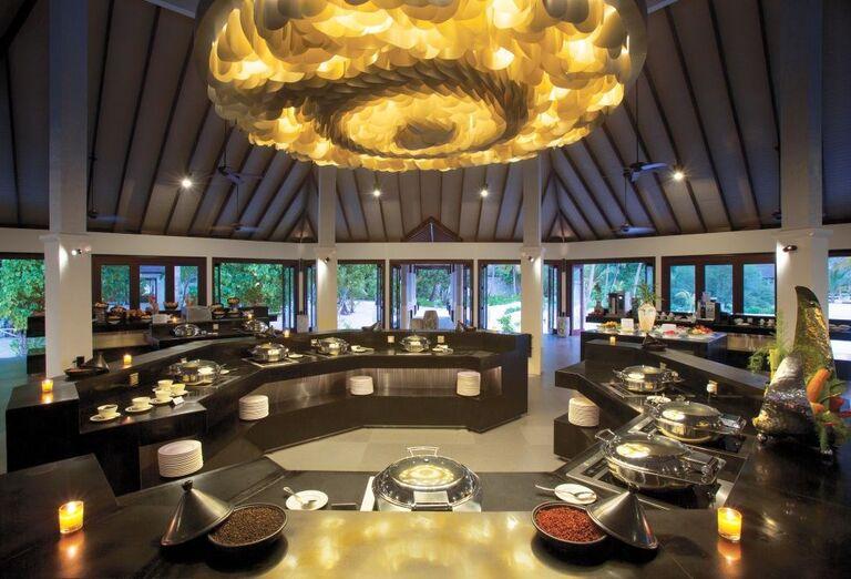 Občerstvenie hotela Atmosphere Kanifushi Maldives