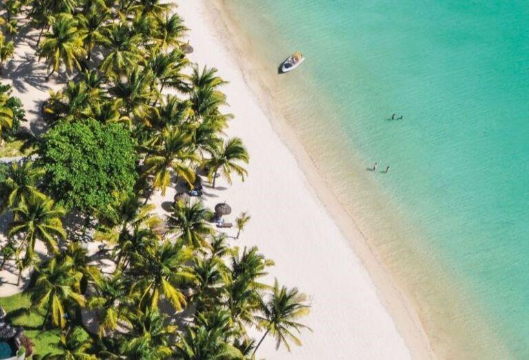 Hotel Trou Aux Biches Beachcomber Golf Resort & Spa - Piesočnatá pláž