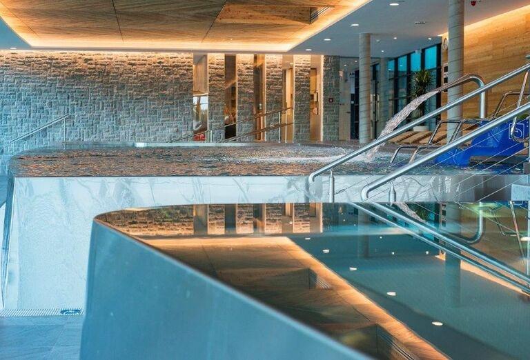 Hotel SOREA SNP - vnútorný hotelový bazén
