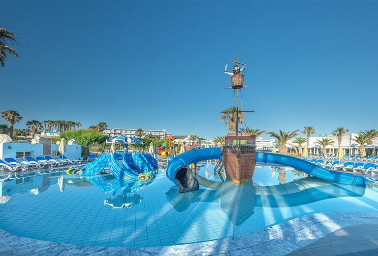Bezén pre deti v hoteli Lytos Beach