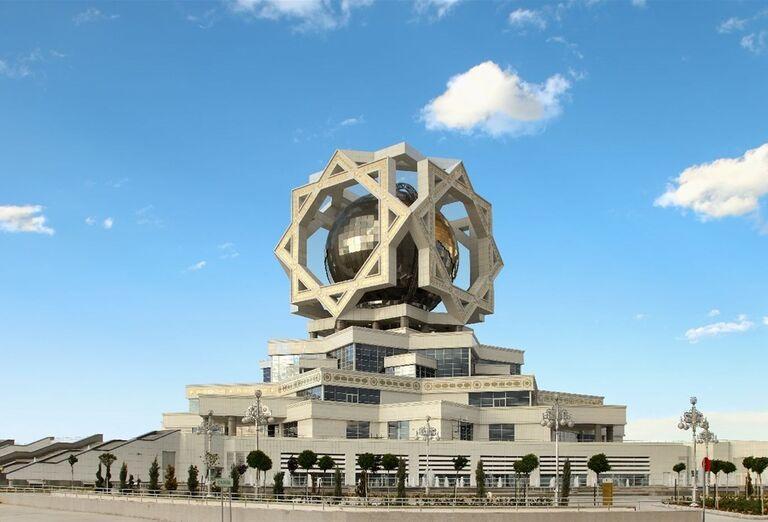 Uzbekistan & Turkménsko - klenoty Hodvábnej cesty - Palác v Ašgabate