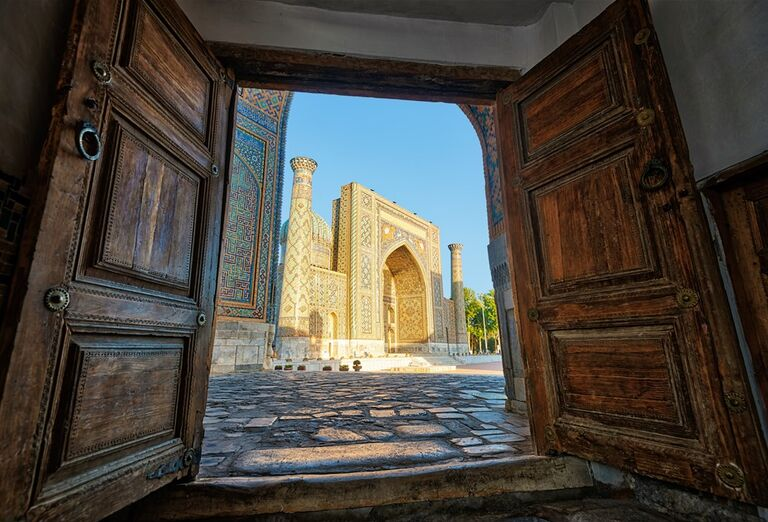 Uzbekistan - Sher Dor Medressa-Samarkand