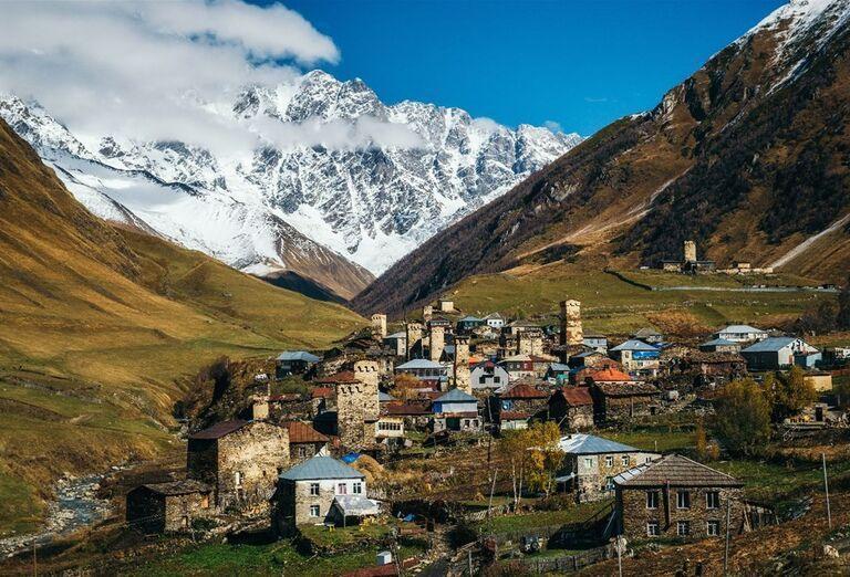 Gruzínsko a jeho prírodné krásy - Pohľad na mesto