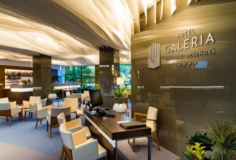 Posedenie, Hotel Galeria Thermal