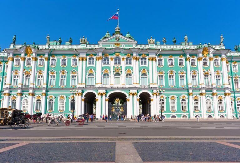 Advent v Petrohrade - zámok v Petrohrade
