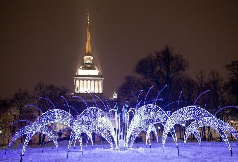 Advent v Petrohrade - svetelné dekorácie