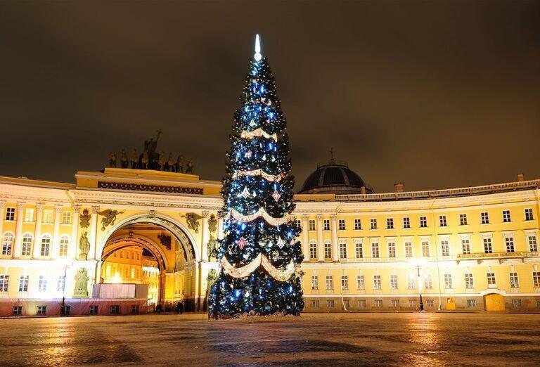 Advent v Petrohrade -  vianočný stromček