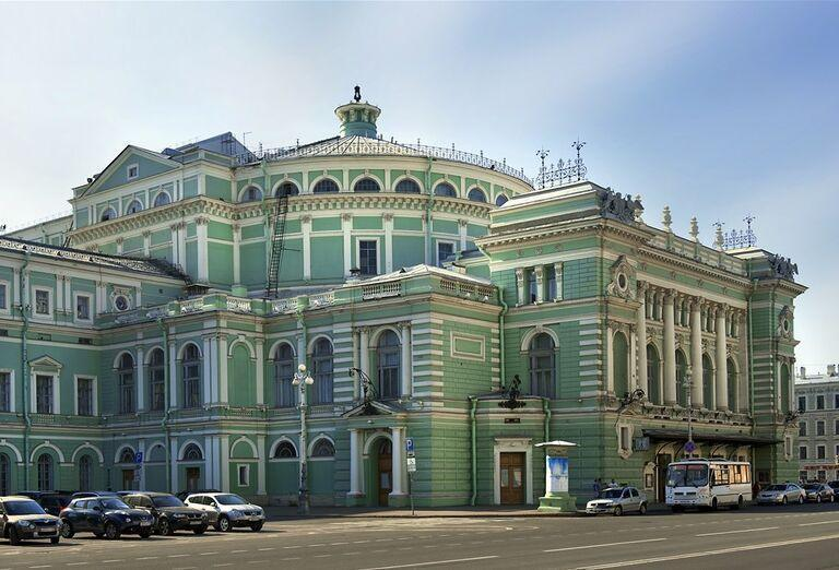 Advent v Petrohrade -  architektúra