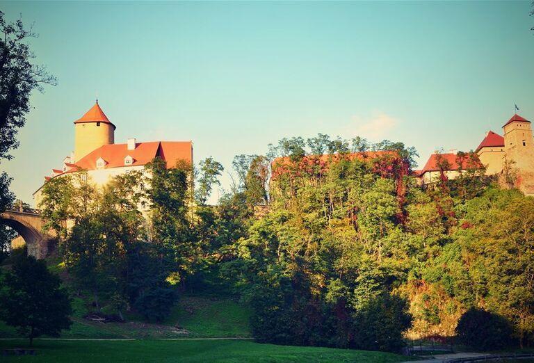 Hrady a zámky strednej Moravy