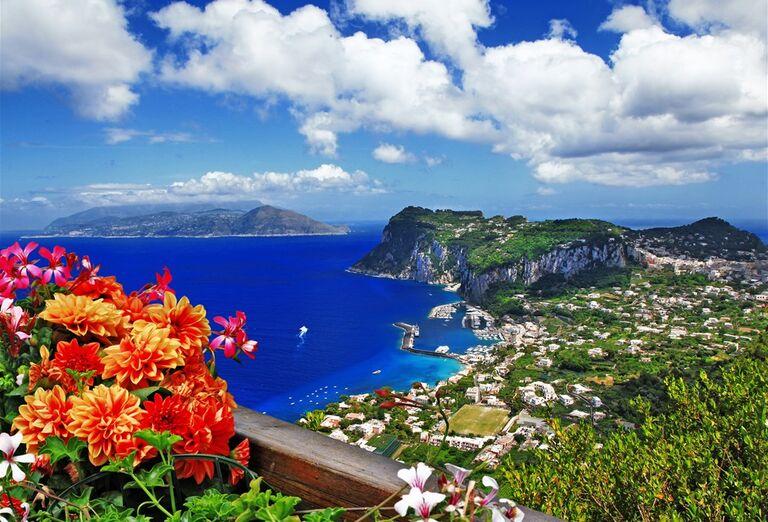 Capri a Vezuv za víkend -pohľad na more
