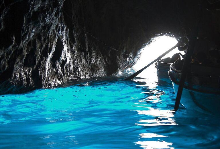 Capri a Vezuv za víkend - jaskyňa