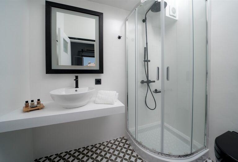 Hotel Divelia -