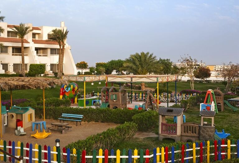 Detské ihrisko v areáli hotela Hilton Hurghada Long Beach Resort