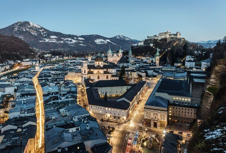 Salzburg a čerti - pohľad na mesto