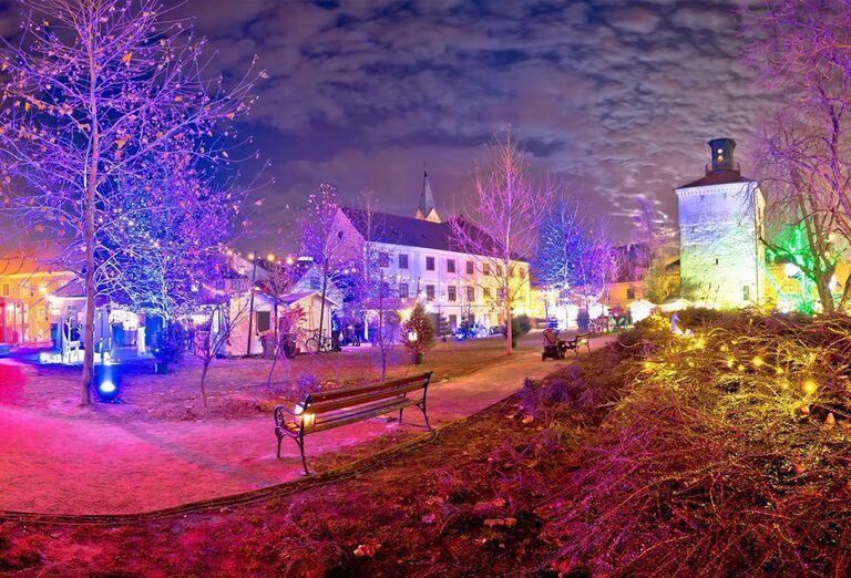 Advent v Záhrebe -  farebné mesto