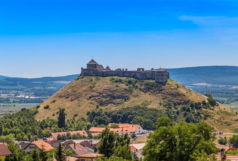 Víkend v Hévíze a okolí - pohľad na hrad