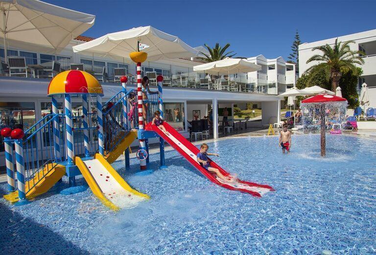Vodný svet Hotel Plagos Beach ****+