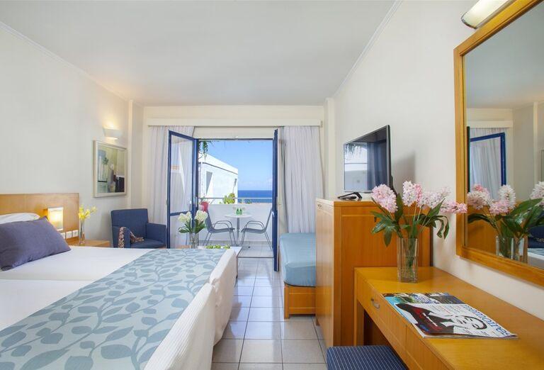 Ubytovanie Hotel Plagos Beach ****+