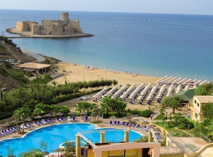 Hotel TH Le Castella Baia Degli Dei Village ****