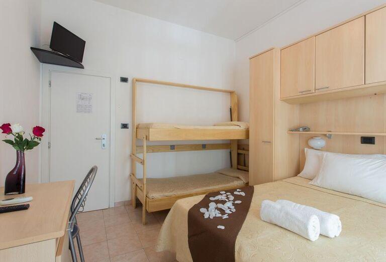 Ubytovanie Hotel Nautilus ***